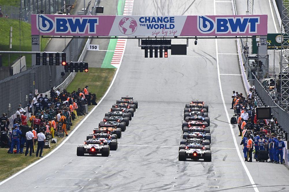 """F1: Ferrari acredita que corridas classificatórias podem criar """"bagunça"""" nos ajustes dos carros"""