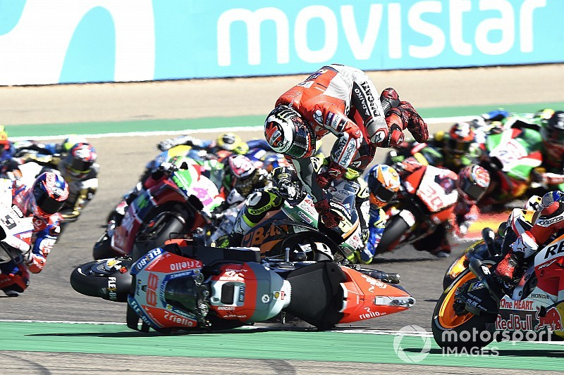 "Lorenzo hasn't changed mind on ""irresponsible"" Marquez move"