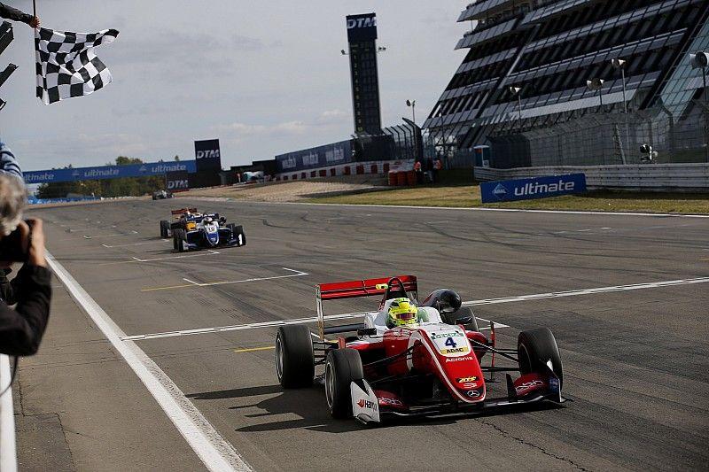 Trois victoires en un week-end pour Mick Schumacher !