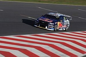 Tailem Bend Supercars: Van Gisbergen dominates second practice