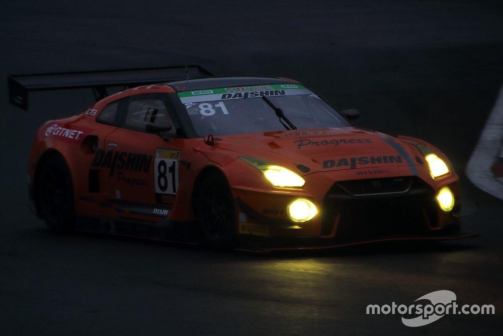 富士24時間レース|スタート12時間経過、81号車DAISHIN GT-Rがトップを快走