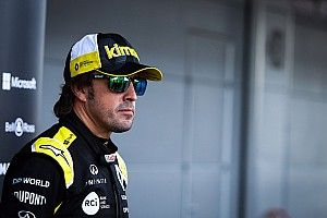 """Alonso: """"El coche me está superando de momento"""""""
