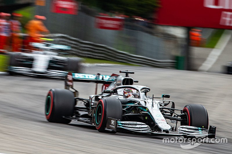 "Mercedes needs to keep ""intensity"" on 2019 - Wolff"