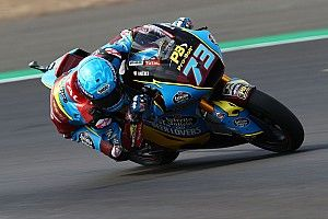 Moto2, Misano, Libere 3: Marquez cade ma è davanti a tutti