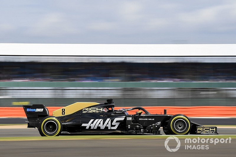 Haas sticks with split-spec approach for German GP