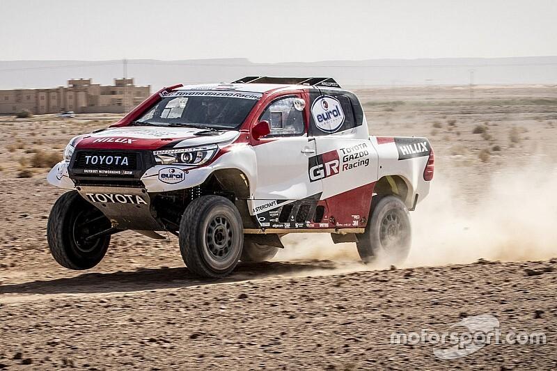 Alonso sofre com pneus furados em etapa inaugural do rali do Marrocos