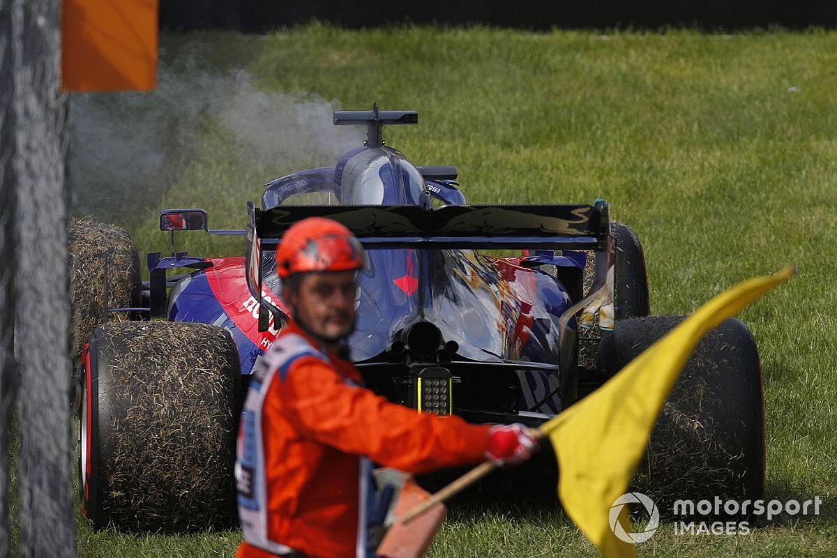 How F1's marshals will work through COVID-19 safety measures
