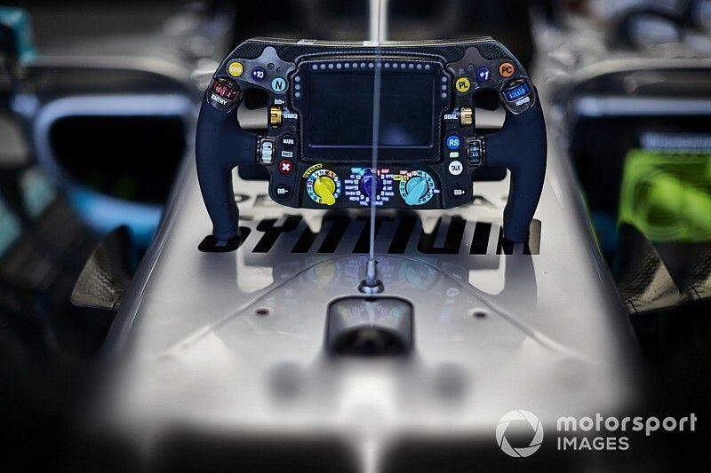 VÍDEO: Volante da Mercedes 'assombra' mundo da F1 por parecer manche de avião; veja como funciona