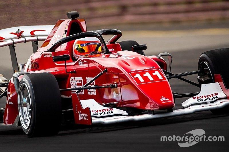 Webber, Button called Barrichello about S5000