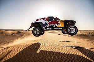 Sainz, lastrado por los pinchazos, pero con buen ritmo en Marruecos