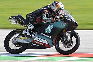 Moto3オーストリア予選:佐々木歩夢が2番手タイム。PPはフェナティが獲得