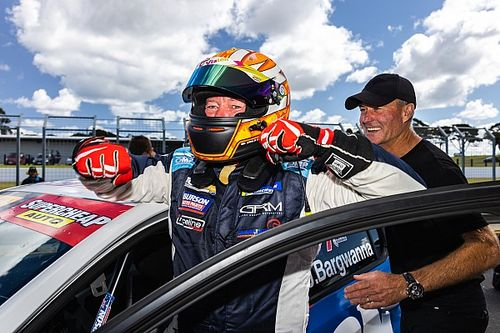 Phillip Island TCR: Bargwanna takes emotional win