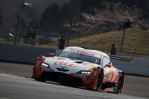 TOM'S Toyota fastest on first day of Fuji Super GT test
