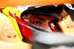 Sainz már idén vezethet egy 2018-as Ferrarit, Ricciardo és Vettel biztosan nem ülhet új autóba