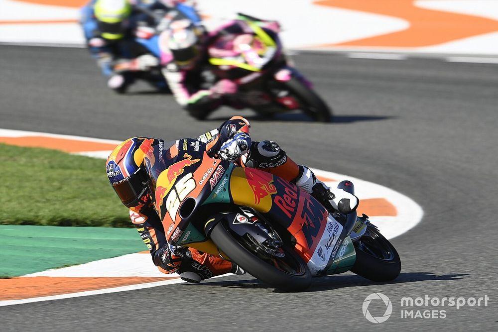 Moto3 Portekiz: Fernandez rahat kazandı, Deniz 10. oldu, Arenas şampiyon!