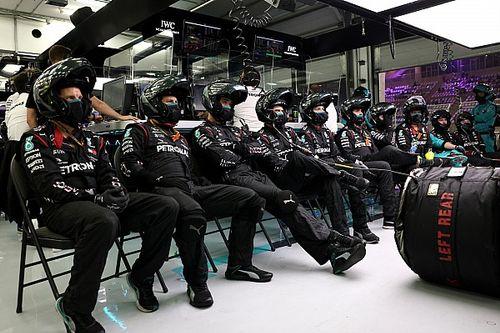 Mercedes Siapkan Livery Spesial untuk Anggota Tim