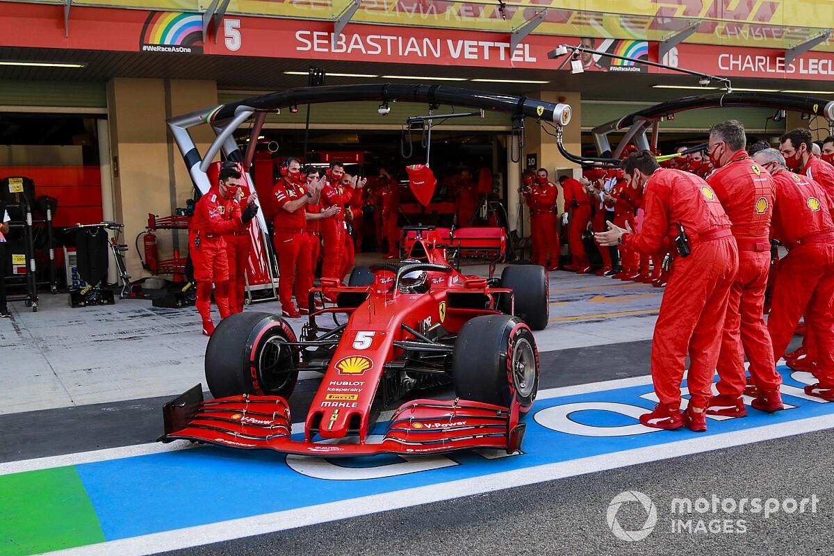 Érzelmes volt a búcsú napja Vettelnek, de örül, hogy vége az évnek