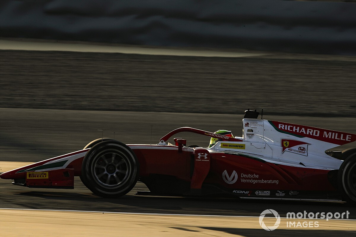 Schumacher kroont zich tot F2-kampioen, Daruvala wint slotrace