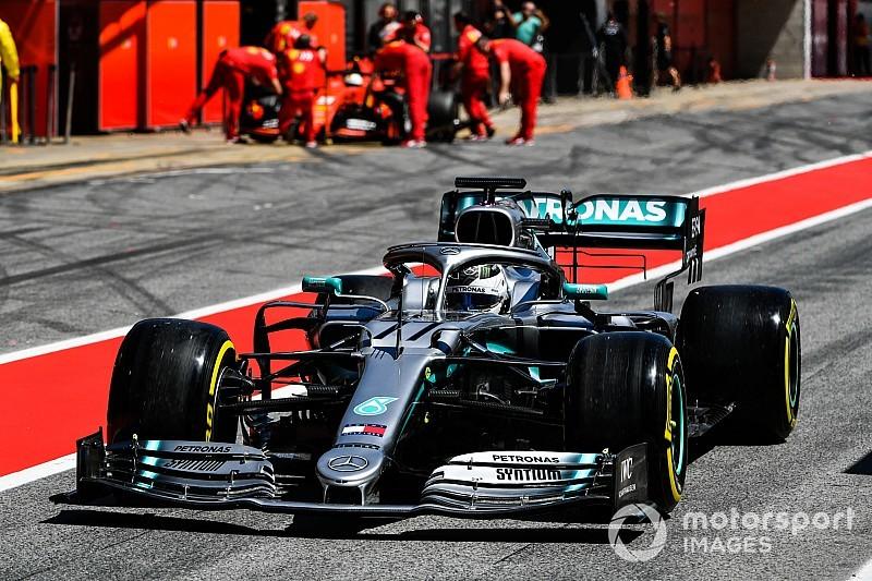 Боттас остался лидером первого дня тестов Ф1 в Барселоне, Илотт разбил машину