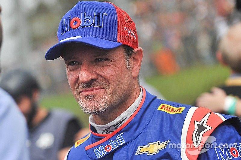 """Barrichello vê 8º como """"positivo"""" após problemas nos treinos"""