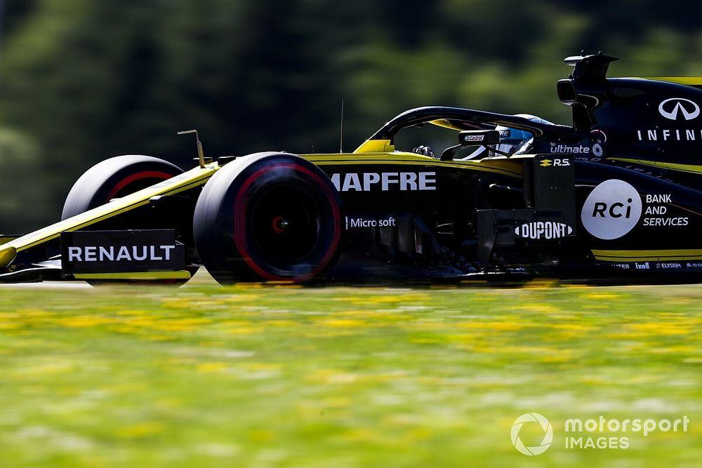 Ricciardo sospecha que hay algo malo en su auto