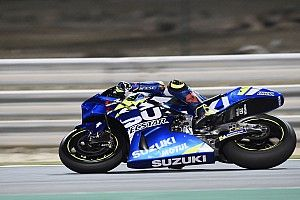 Rins logra el mejor tiempo en el segundo día en Qatar y Rossi en 19°