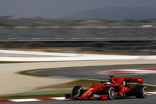 Vettel outpaces Hamilton by 0.003s as F1 test ends