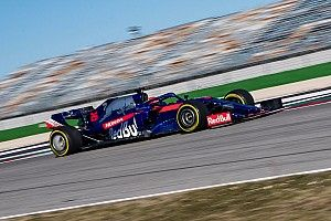 Drón Vs. Toro Rosso-Honda: videó
