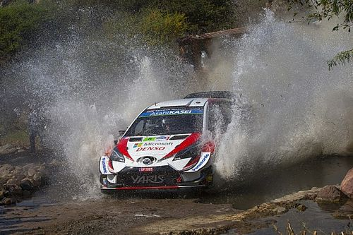 Arjantin WRC: Ogier ve Meeke sorun yaşadı, Tanak farkı kapatıyor