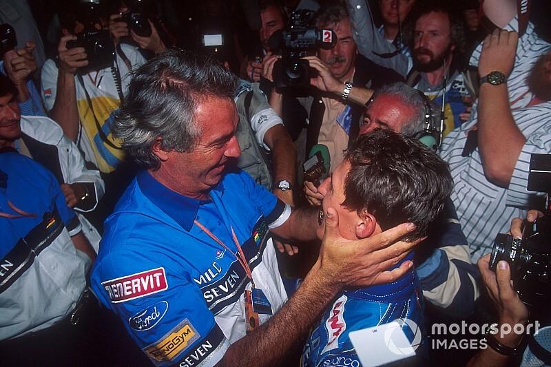 """""""Schumacher locsolta az italt, mint egy őrült"""" – a menedzsere az 1994-es címről"""