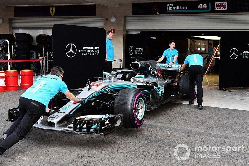 Hamilton dice que Mercedes no ha resuelto la falta de ritmo