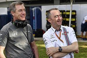 Az FIA McLaren-veteránnal erősít a 2022-es változásokhoz