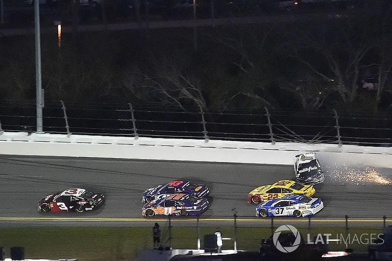 """Almirola: """"My heart is broken"""" after final-lap crash in Daytona 500"""
