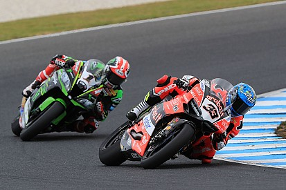 WSBK makes Phillip Island pitstop mandatory after tyre issues