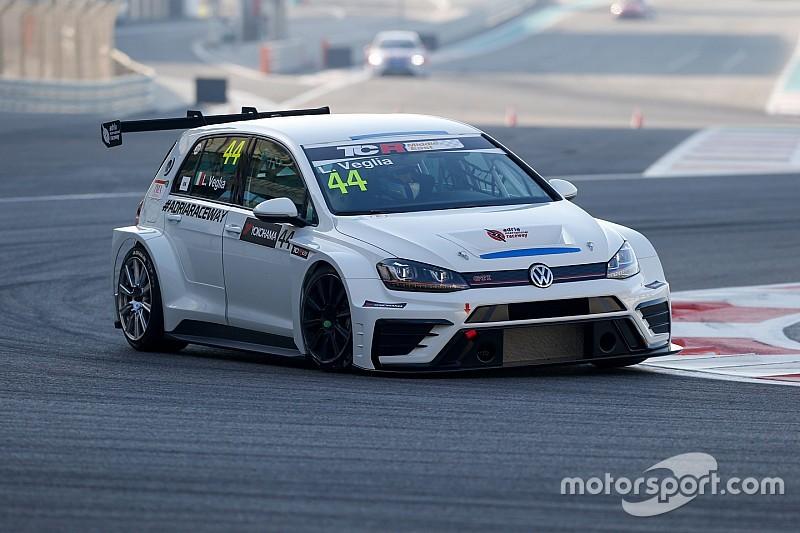 Grandissima vittoria di Lorenzo Veglia in Gara 2 ad Abu Dhabi