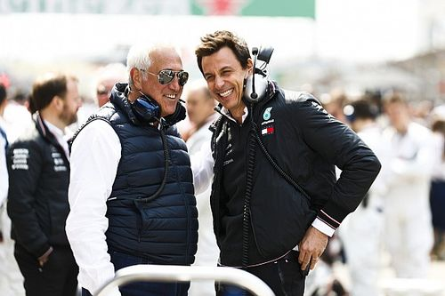 Слухи: Вольф и Стролл выкупят команду Mercedes и назовут ее Aston Martin