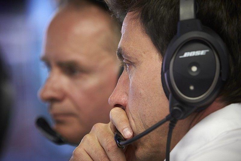 """Wolff: """"Mercedes necesita despertar, fue una mierda de resultado"""""""