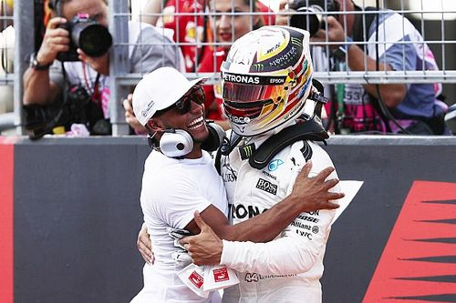 Cómo Hamilton ayudó a su hermano a superar el 'bullying'