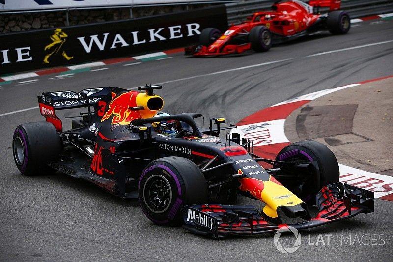 El motor de Ricciardo contaba con un 25% menos de potencia