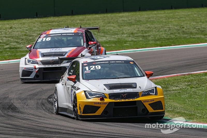 Ad Imola trionfa la Cupra TCR della LMS Racing