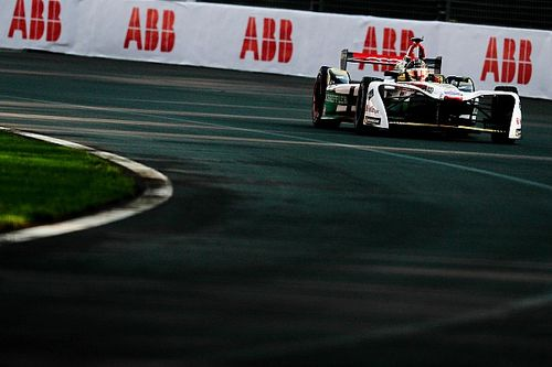 Com tática perfeita, Abt conquista 1ª vitória no México