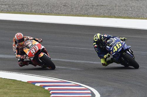 """Valentino Rossi dice que Márquez no tuvo """"agallas"""""""