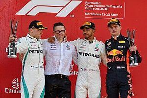 西班牙大奖赛:汉密尔顿获得统治性胜利,梅赛德斯包揽前二