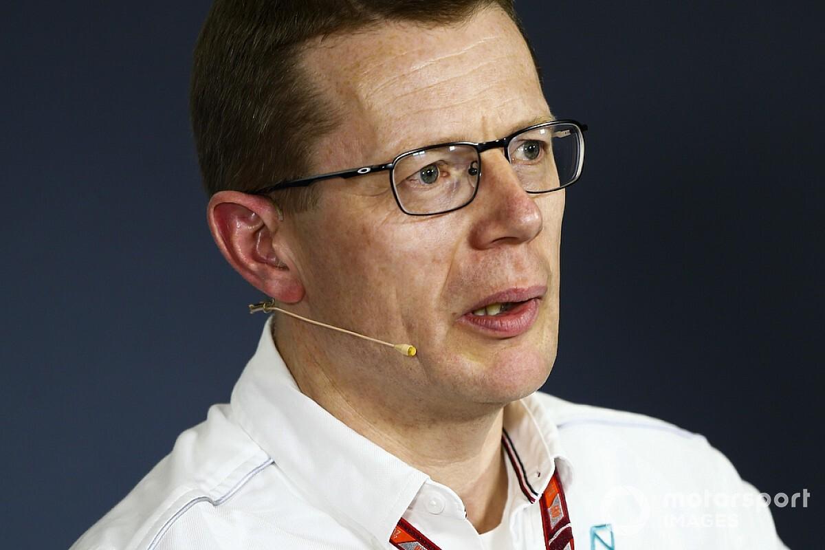 """Cowell: """"Nuovo motore Mercedes efficiente, non ci servono i 110 kg di benzina"""""""