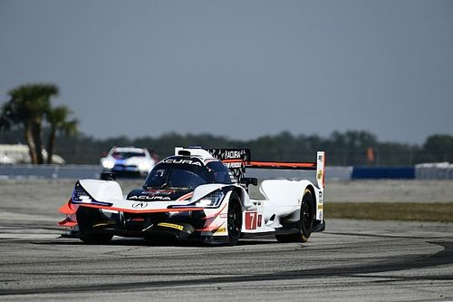 Castroneves logra el mejor tiempo para Penske en el inicio en Sebring