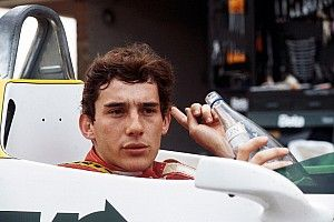 GALERÍA: la primera vez que Senna probó un F1