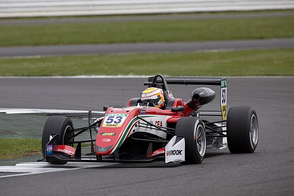 EK Formule 3 Raceverslag F3 Silverstone: Callum Ilott domineert slotrace
