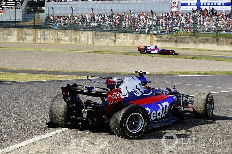 """Sainz se despide de Toro Rosso con un abandono: """"Lo siento"""""""