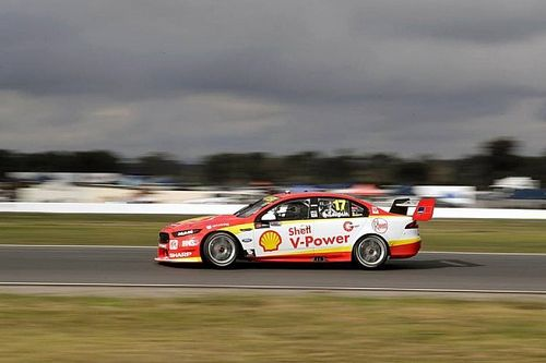 Winton Supercars: McLaughlin beats Mostert to pole