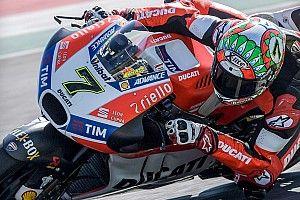 Chaz Davies kendarai Ducati GP17 di Mugello